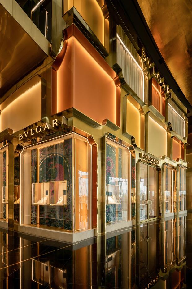 Фото №8 - Новый бутик Bvlgari в Бангкоке по проекту MVRDV