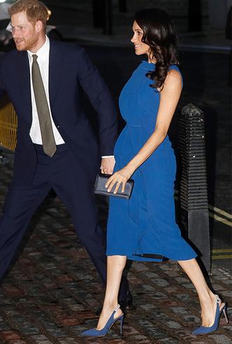 Фото №3 - Немножко беременная: Меган Маркл снова троллит прессу