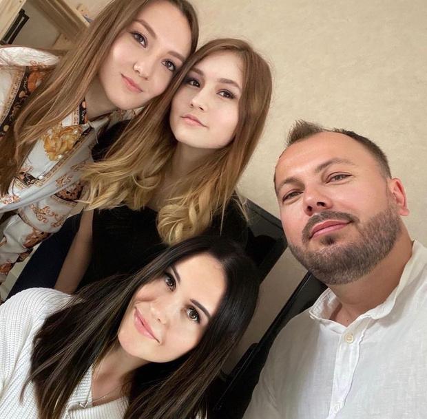 Фото №11 - «Начинаю верить в чудо»: дочь Сумишевского чуть не погибла спустя 42 дня после смерти его жены