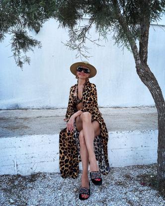Фото №1 - Худи Balenciaga за 60 тысяч и пуховик Prada за 350: Татьяна Навка не жалеет денег на то, чтобы быть модной