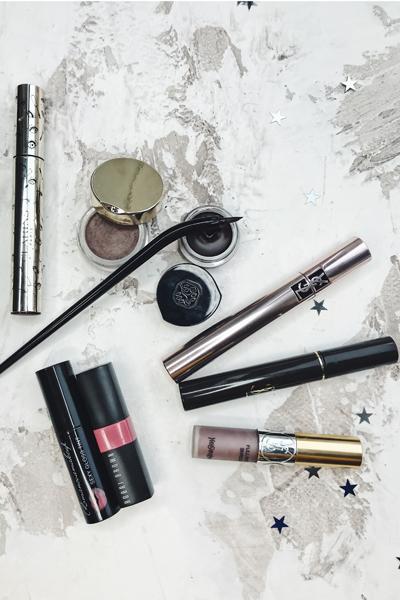 Фото №3 - Косметичка редактора: 11 незаменимых средств для макияжа