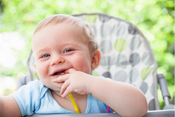 Фото №1 - 8 наивных вопросов про детские зубки