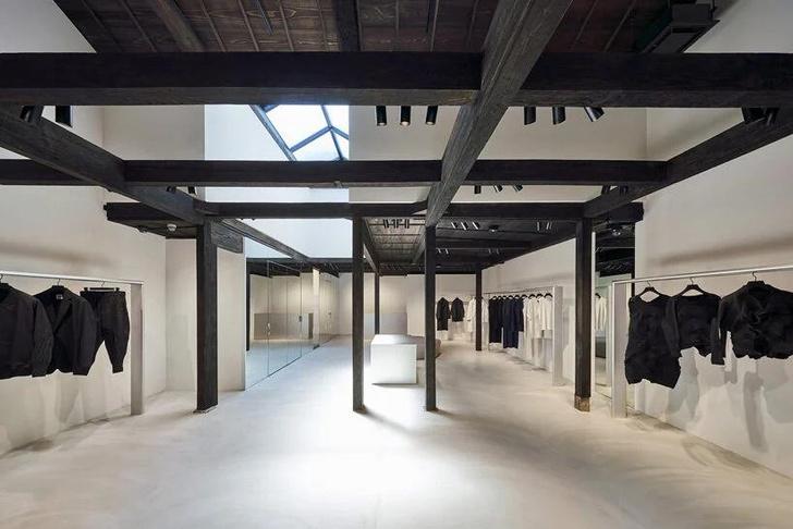 Фото №5 - Новый бутик Issey Miyake в Киото по проекту Токудзина Йосиоки