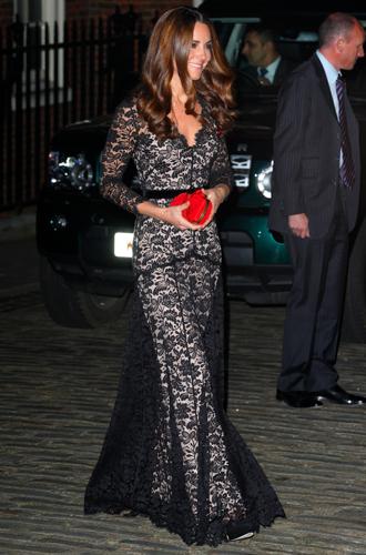 Фото №85 - Любимые бренды одежды герцогини Кембриджской