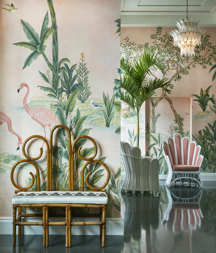 Фото №11 - Обои de Gournay в обновленном отеле Colony во Флориде