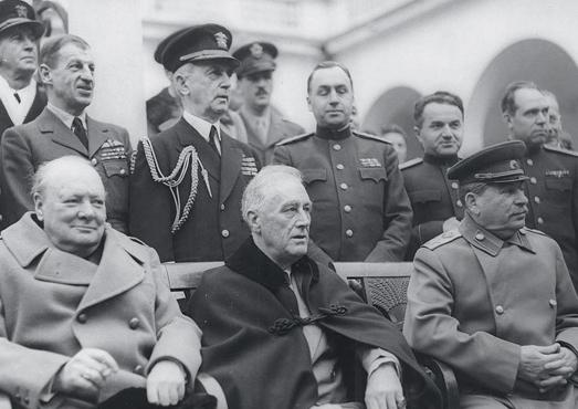 С Рузвельтом  и Сталиным  на конференции  в Ялте