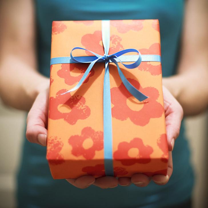 Фото №1 - Степень щедрости женщины определяют гормоны