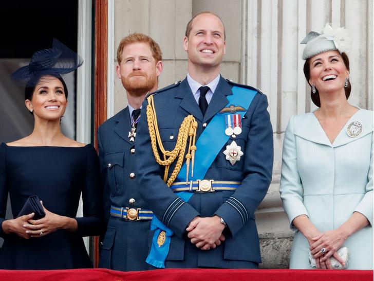 Фото №3 - Фатальная ссора: чем конфликт Уильяма и Гарри опасен для монархии