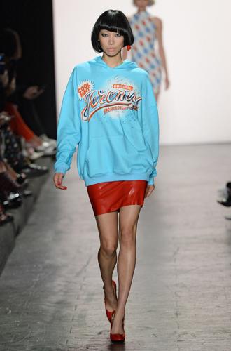 Фото №24 - Физкульт-привет: как носить одежду в спортивном стиле