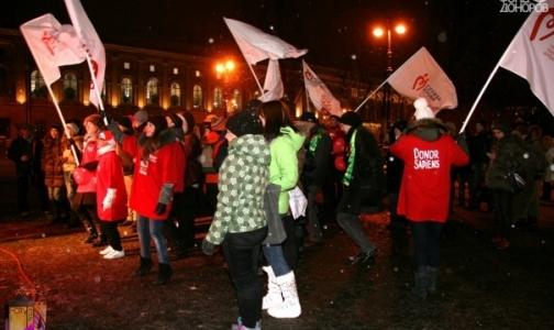 Фото №1 - Молодежные организации приглашают петербуржцев записываться в доноры прямо на улице