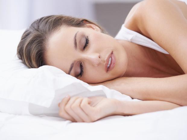 Фото №1 - Сигналы тела: о чем говорит поза, в которой вы спите