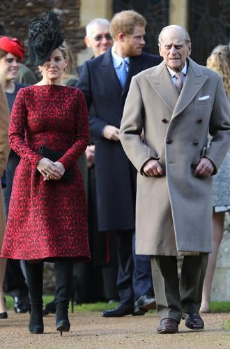 Фото №3 - Неправильное Рождество королевской семьи Великобритании