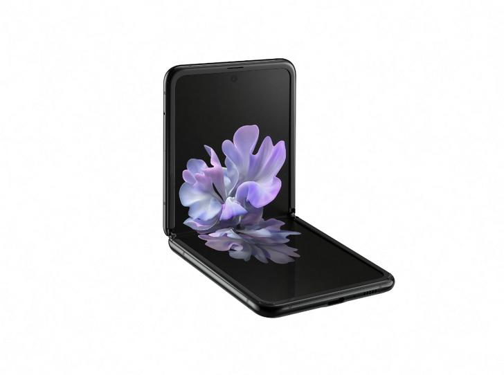 Фото №2 - 5 причин купить новый Samsung Galaxy Z Flip