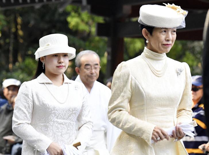 Фото №8 - В Японии стало на одну принцессу меньше (и на одну счастливую девушку больше)