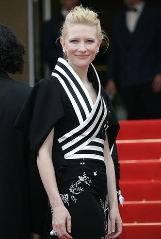 Фото №11 - Королева Канн: Кейт Бланшетт и ее модные образы за всю историю кинофестиваля