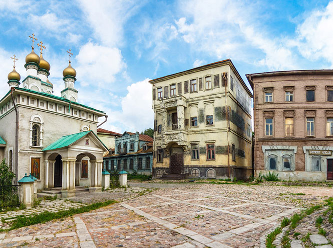 Фото №2 - Путешествие из Петербурга в Москву: куда сходить и что почитать в двух столицах