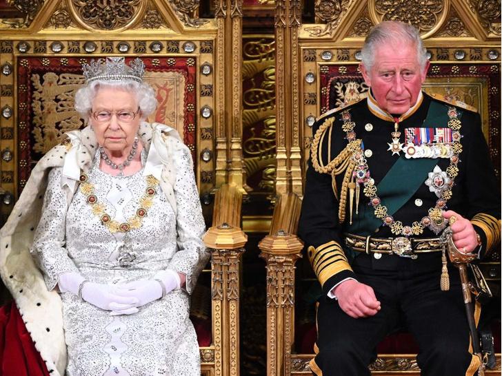 Фото №2 - 200-летняя традиция, которую нарушит принц Чарльз, когда станет королем