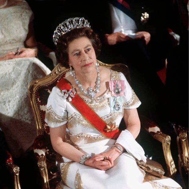 Фото №10 - 9 королевских тиар с удивительной историей