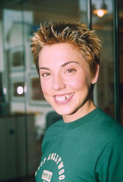 Фото №32 - Золотой зуб, блестки и эпатаж: как изменились солистки группы Spice Girls