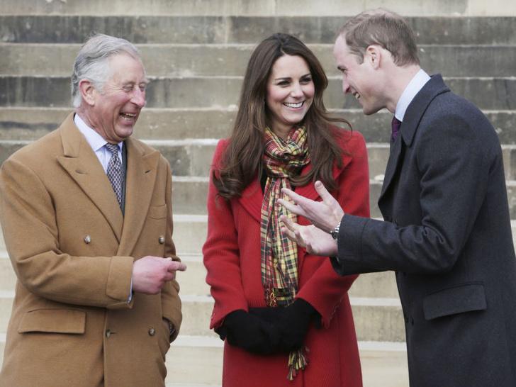 Фото №4 - В новом статусе: какие титулы получит принц Уильям, когда его отец станет королем