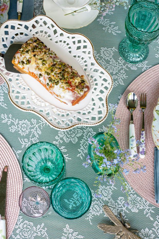 Фото №9 - Завтрак на траве: 10 правил красивой сервировки от Анны Муравиной