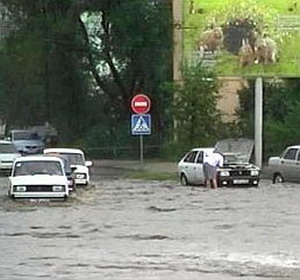 Фото №1 - Астрахань затопило