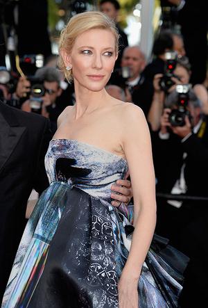 Фото №51 - Королева Канн: Кейт Бланшетт и ее модные образы за всю историю кинофестиваля