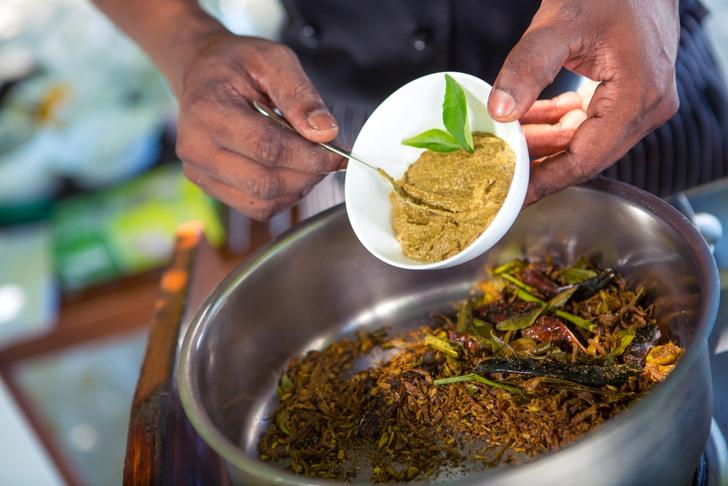 Фото №8 - Карри с тунцом по рецепту мальдивского повара