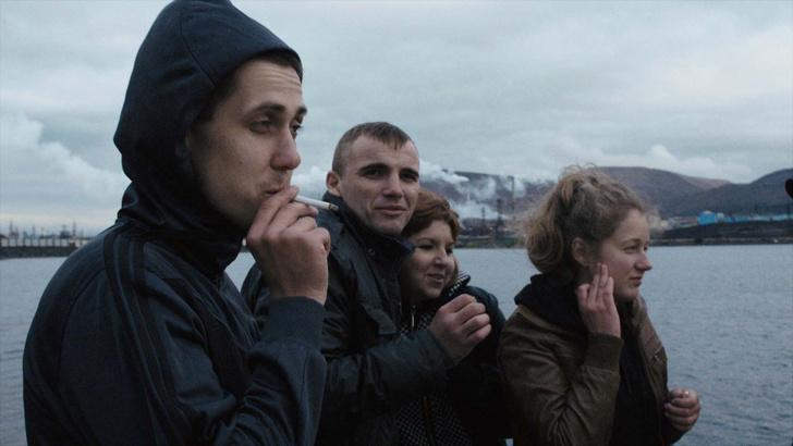 Фото №7 - Еще 10 фильмов, изображающих Россию в самом неприглядном свете