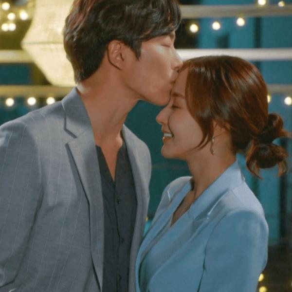 Фото №1 - 9 парочек из корейских дорам, чьи отношения можно считать идеальными 💑