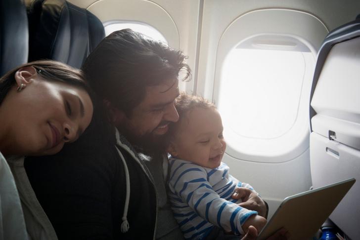 Фото №2 - Воздушные игры: чем заняться в самолете?