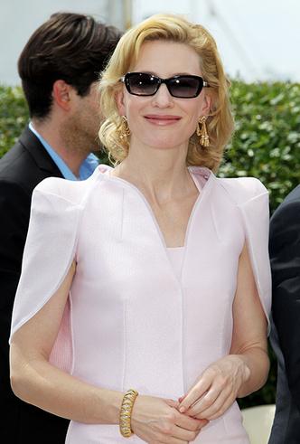 Фото №27 - Королева Канн: Кейт Бланшетт и ее модные образы за всю историю кинофестиваля