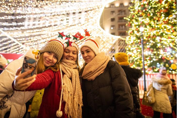 Фото №1 - Как россияне провели новогодние каникулы