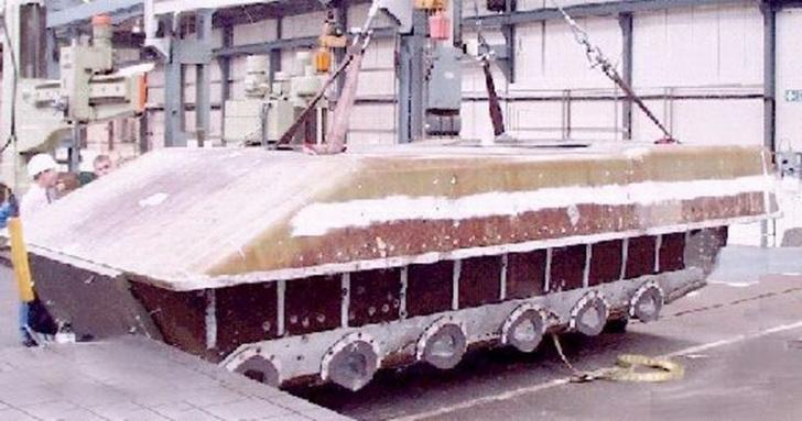 Фото №4 - «Пластиковый танк»— порождение британской военной мысли. Как его строили и что с ним стало