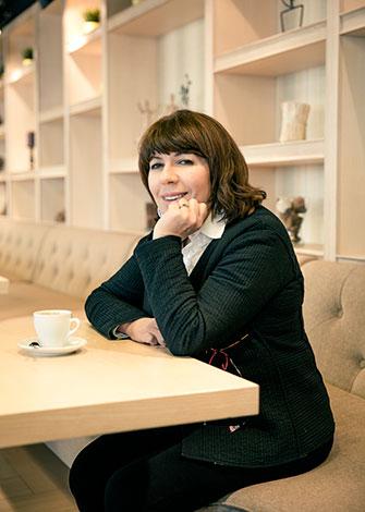 Нонна Бреннер: «Лечить мне неинтересно, я хочу восстанавливать здоровье»