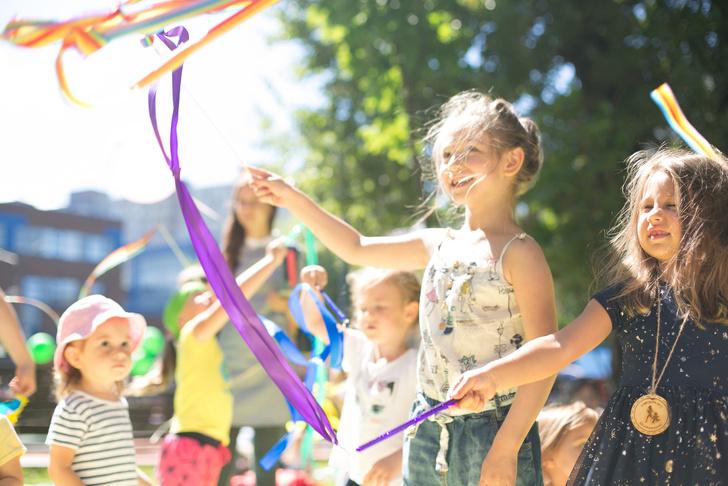 Фото №1 - Большой городской пикник SelfMama Day: #ЛовиМомент!