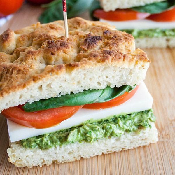 Фото №4 - Пальчики оближешь: 5 рецептов вкусных сэндвичей