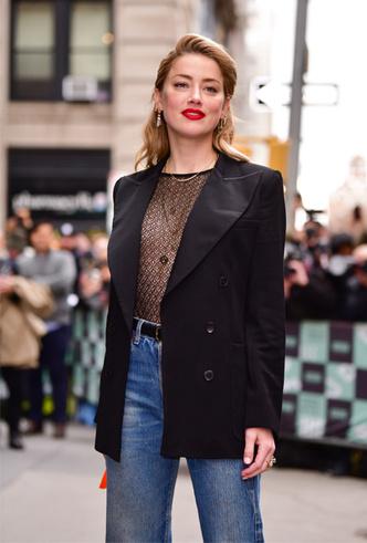Фото №46 - От Джиджи Хадид до Леди Гаги: кто одевает самых стильных звезд