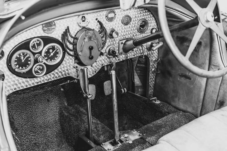 Фото №1 - Плавное переключение: 10 интересных фактов о коробках передач