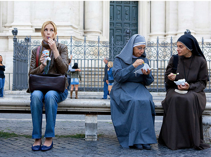 Фото №1 - Национальный этикет: как можно (и нельзя) вести себя в разных странах мира