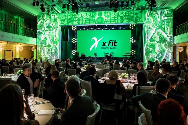 Фото №1 - Сеть X-Fit отпраздновала 30 лет самой модной вечеринкой фитнес-индустрии— смотри, как это было!