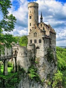 Фото №2 - Тест: Выбери замок, и мы скажем, какой принц в тебя влюбится