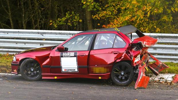 Фото №1 - Живописная подборка инцидентов на гоночной трассе «Нюрбургринг» (видео)
