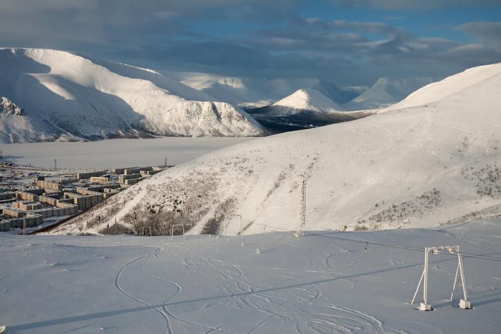 Фото №1 - От Заполярья до Кавказа: гид по горнолыжным курортам России