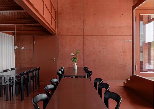 Фото №1 - Берлинский ресторан в терракотовых тонах