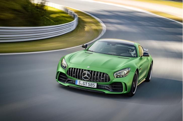 Фото №1 - Новый Mercedes-AMG GT R родом из Нюрбургринга