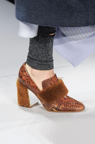 Фото №72 - Самая модная обувь сезона осень-зима 16/17, часть 2