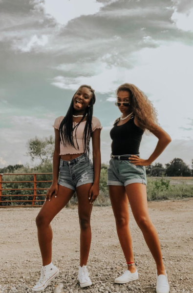 Фото №3 - Как одеться в стиле VSCO-девчонки: 7 образов для вдохновения