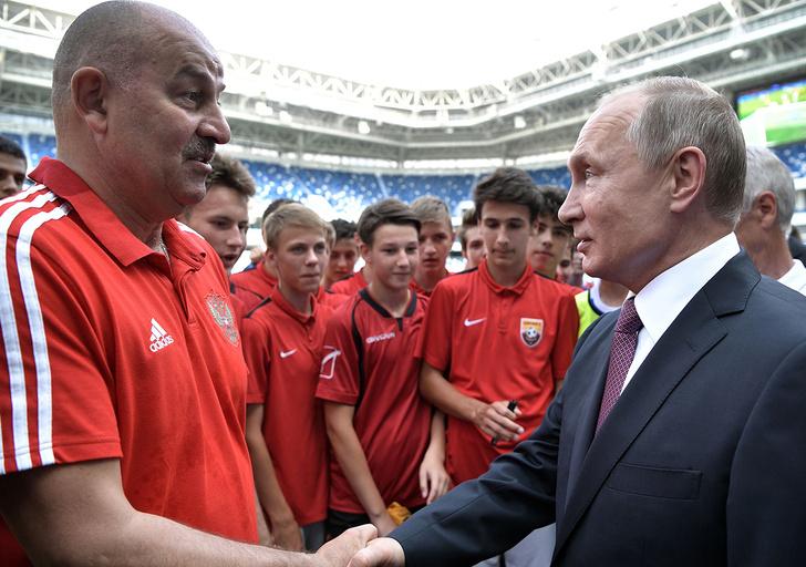 Фото №7 - «С нашим тренером национальная команда в тупике»: что говорят об отставке Черчесова