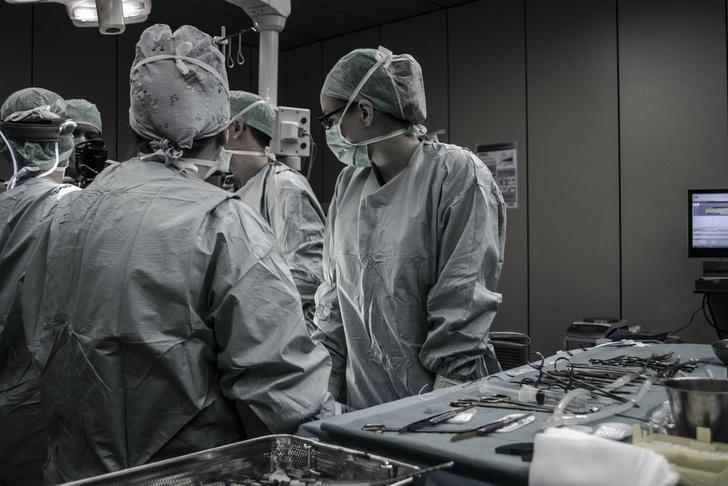 петербургские врачи спасли ногу мальчику с онкологией